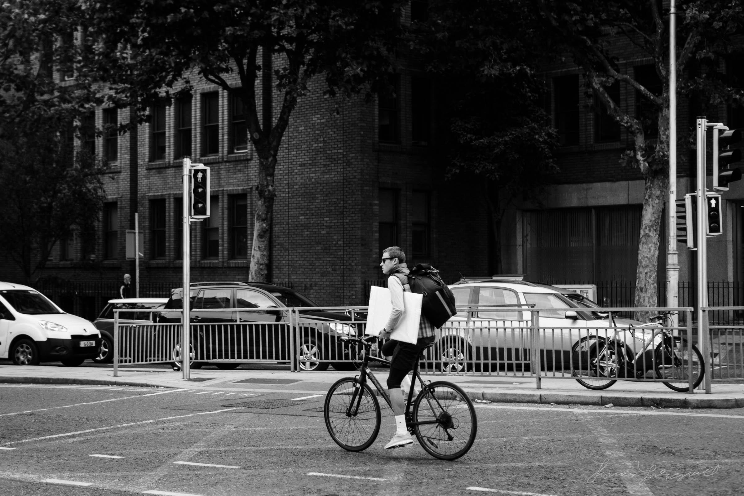 Street-Photo-Diary-No-6-BW-Dublin-05.jpg