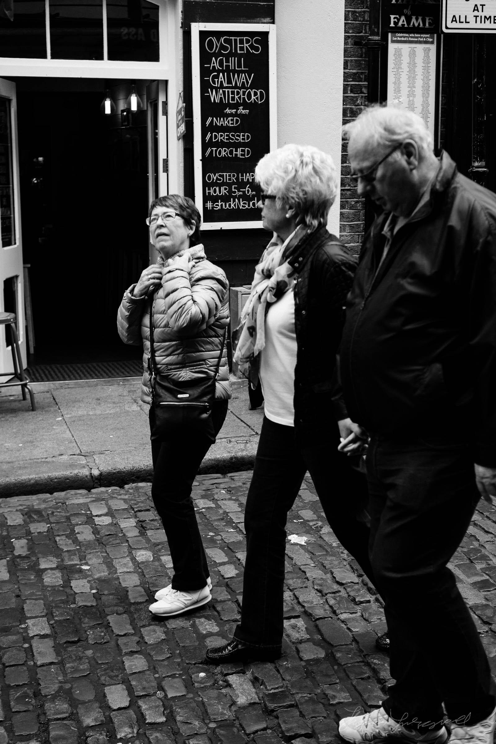 Street-Photo-Diary-No-6-BW-Dublin-21.jpg