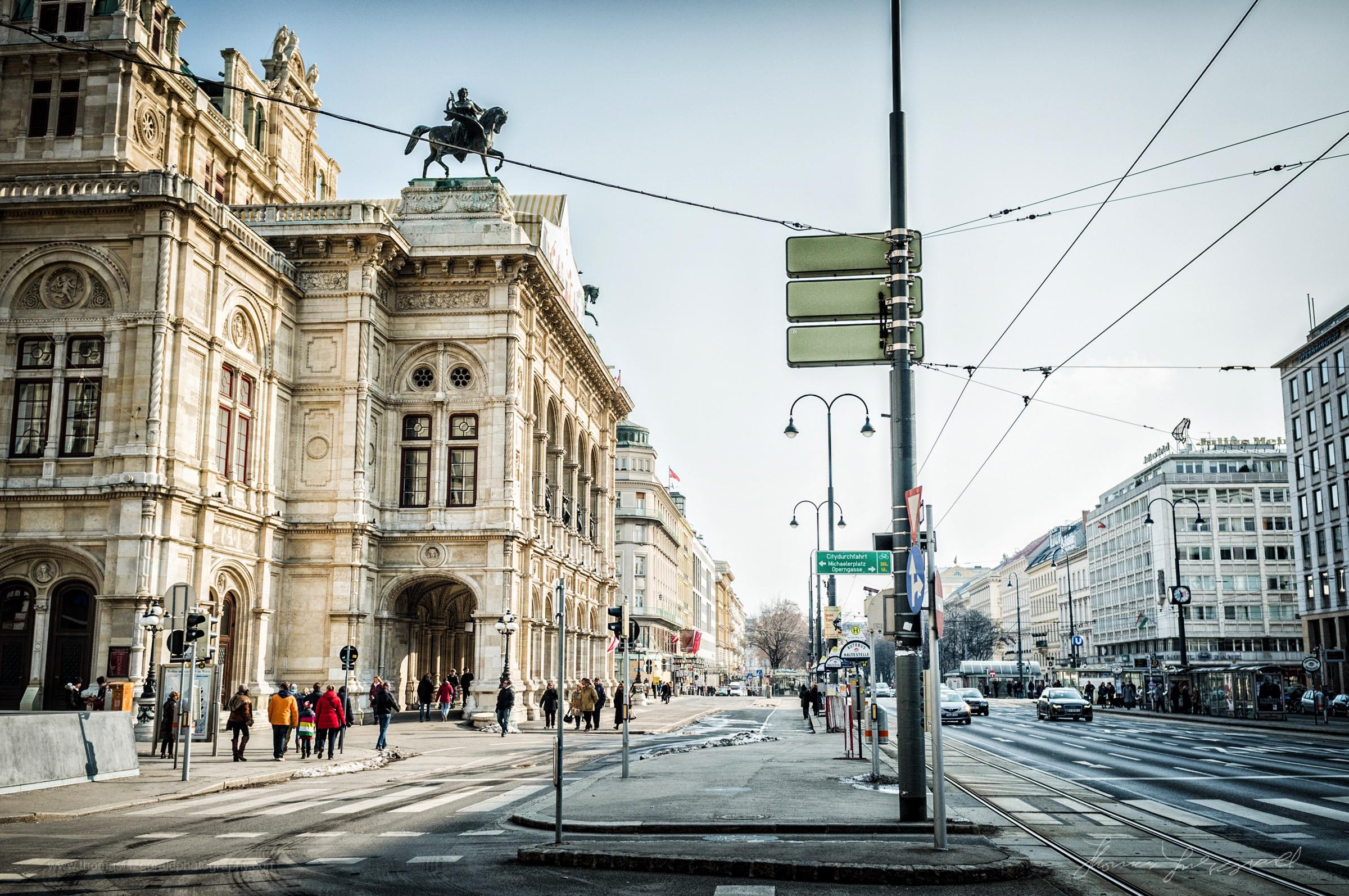 Street outside the Opera House, Vienna, Fujifilm X100