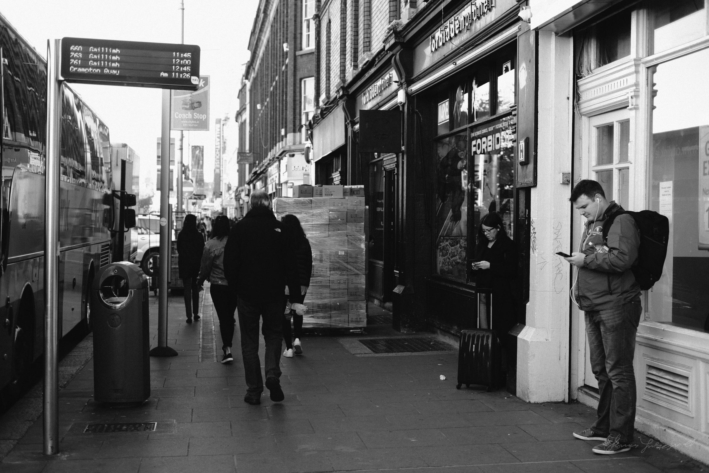 Street-Photography-Dublin-X-Pro2-Acros-037.jpg