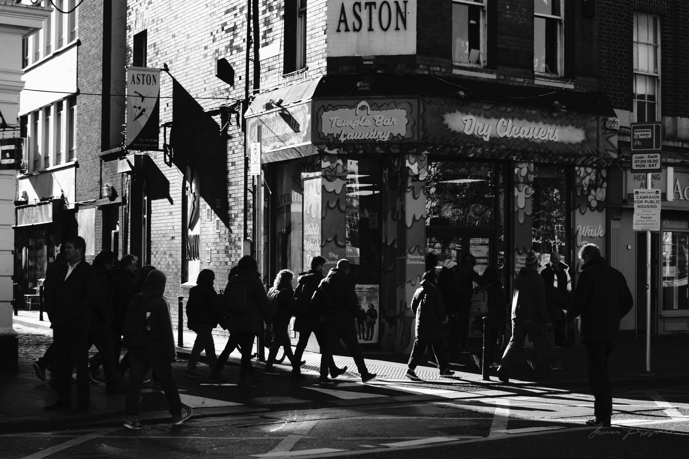Street-Photography-Dublin-X-Pro2-Acros-056.jpg