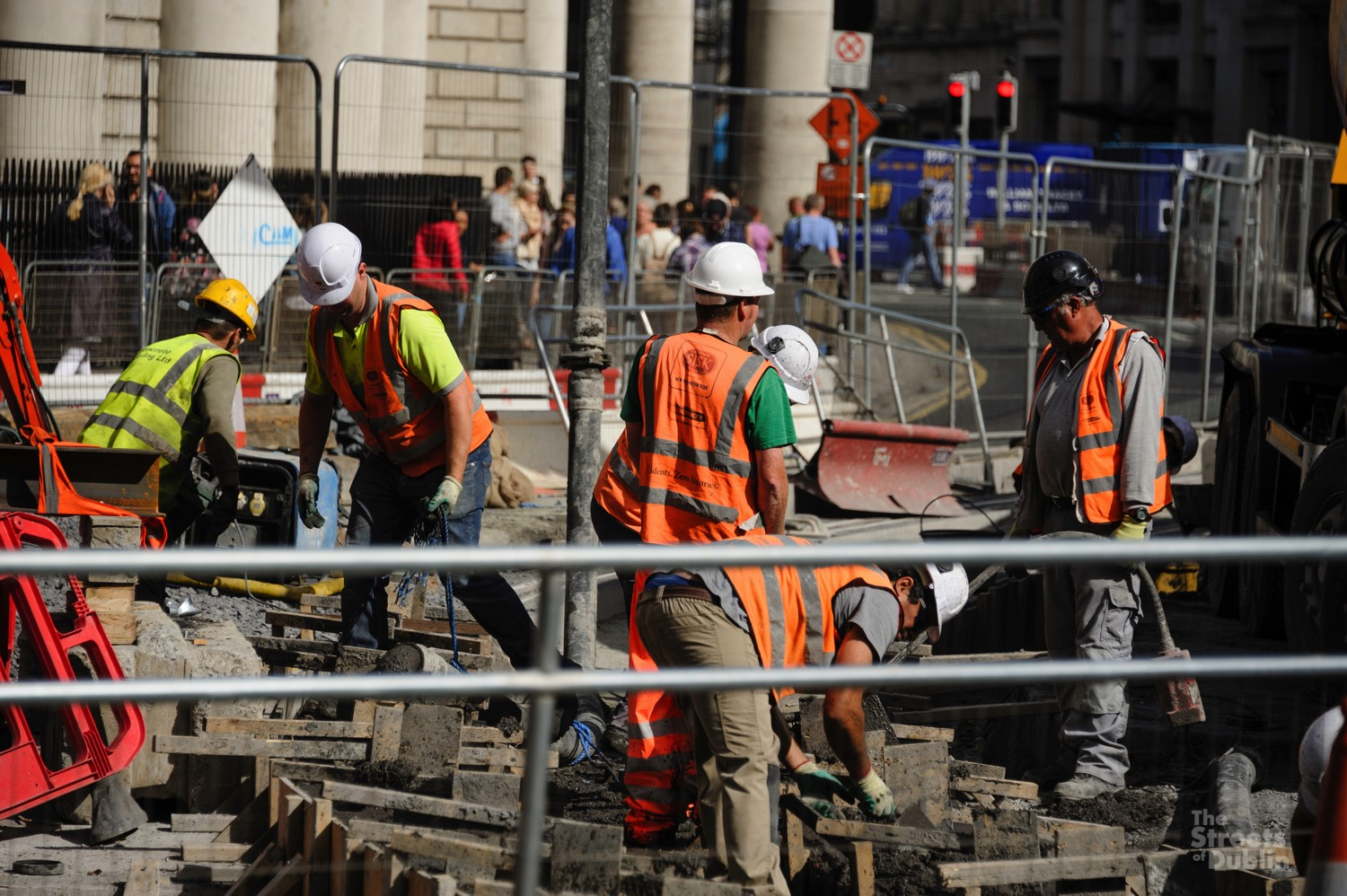 Luas Cross City Construction Workers