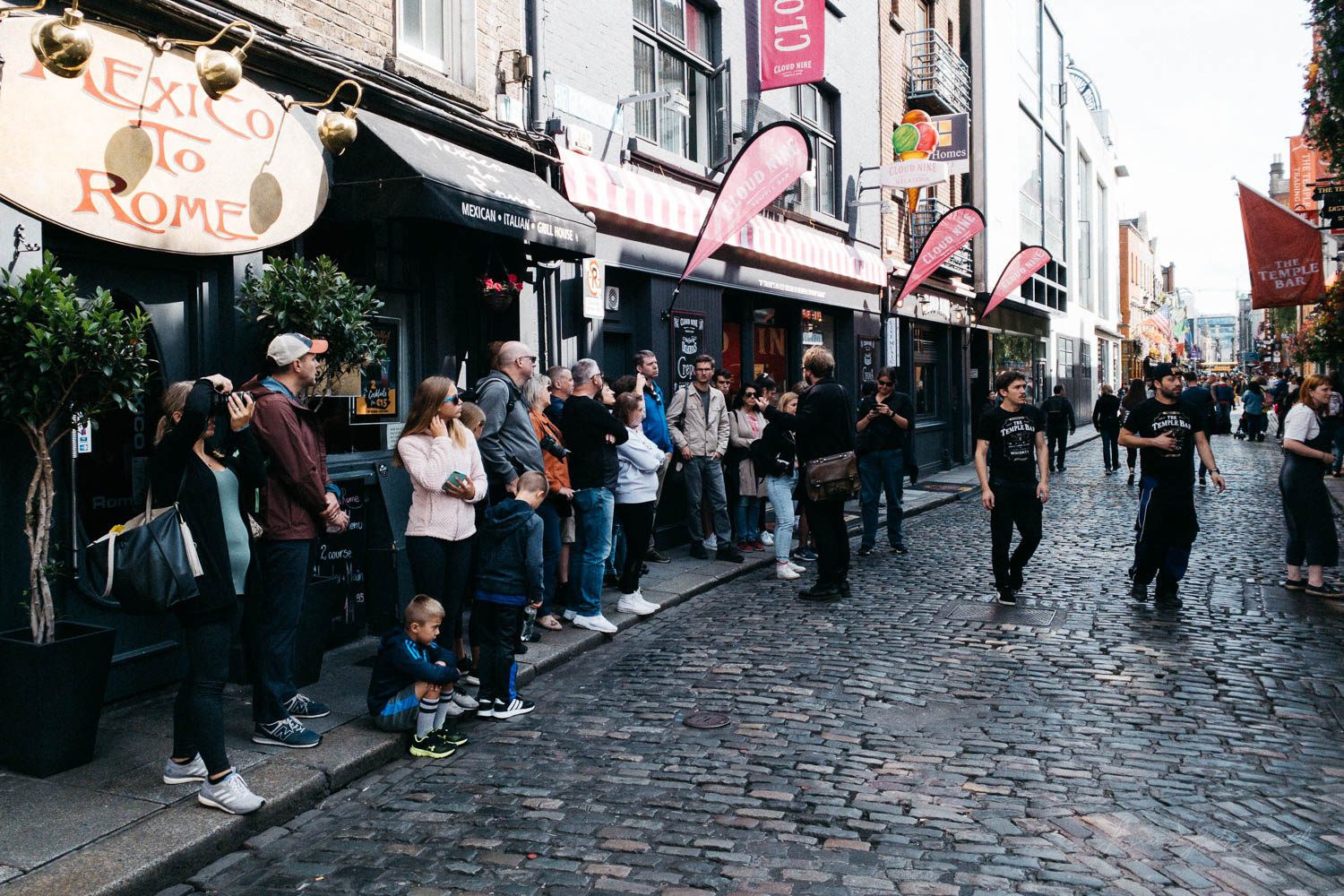 Tour Group in Temple Bar