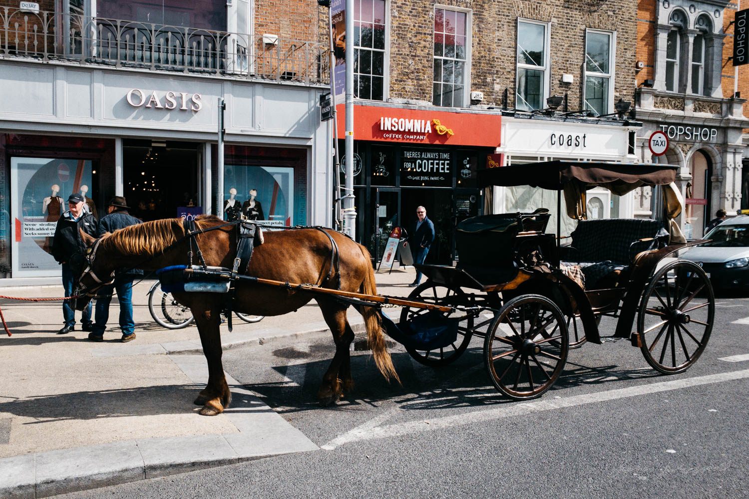 Horse and Cart in Dublin City - Street Photograpy on an iPhone X
