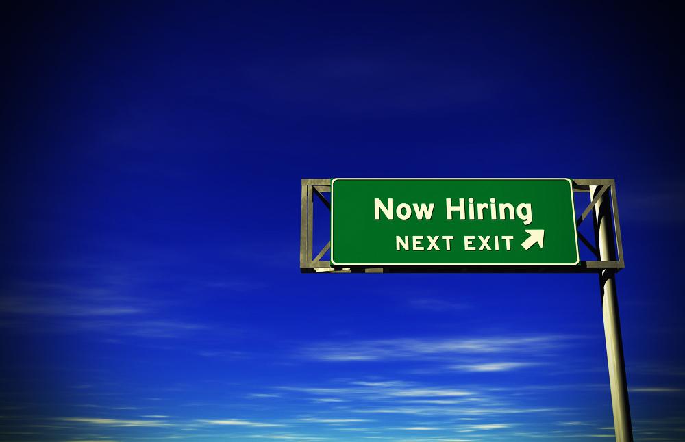 now-hiring-taipei-taiwan-threelittlebirds-hostel