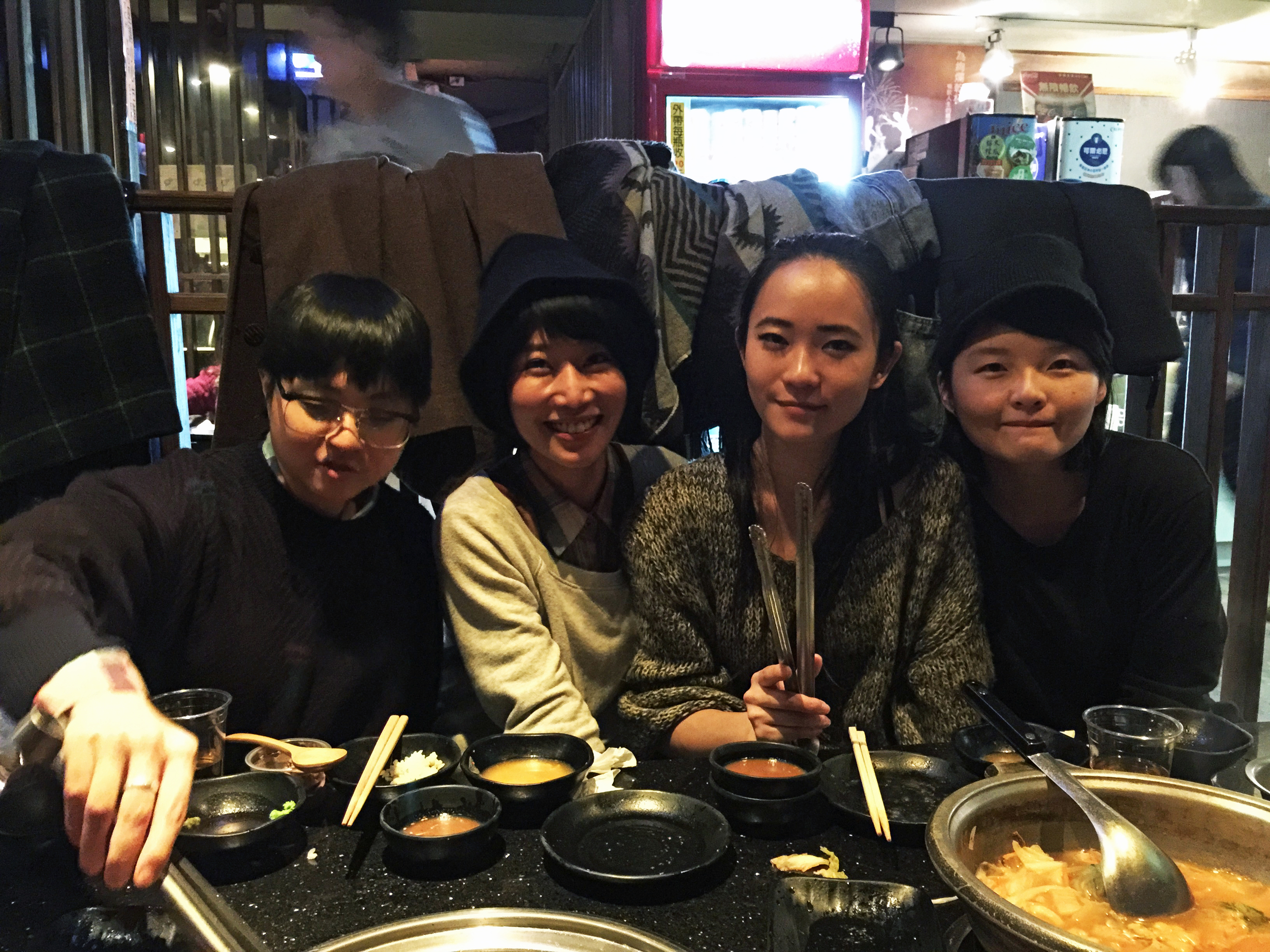 three-little-birds-hostel-guesthouse-taipei-taiwan-warm-welcome-tourist-backpackers-tourism-January-memo-year-end-dinner-gathering