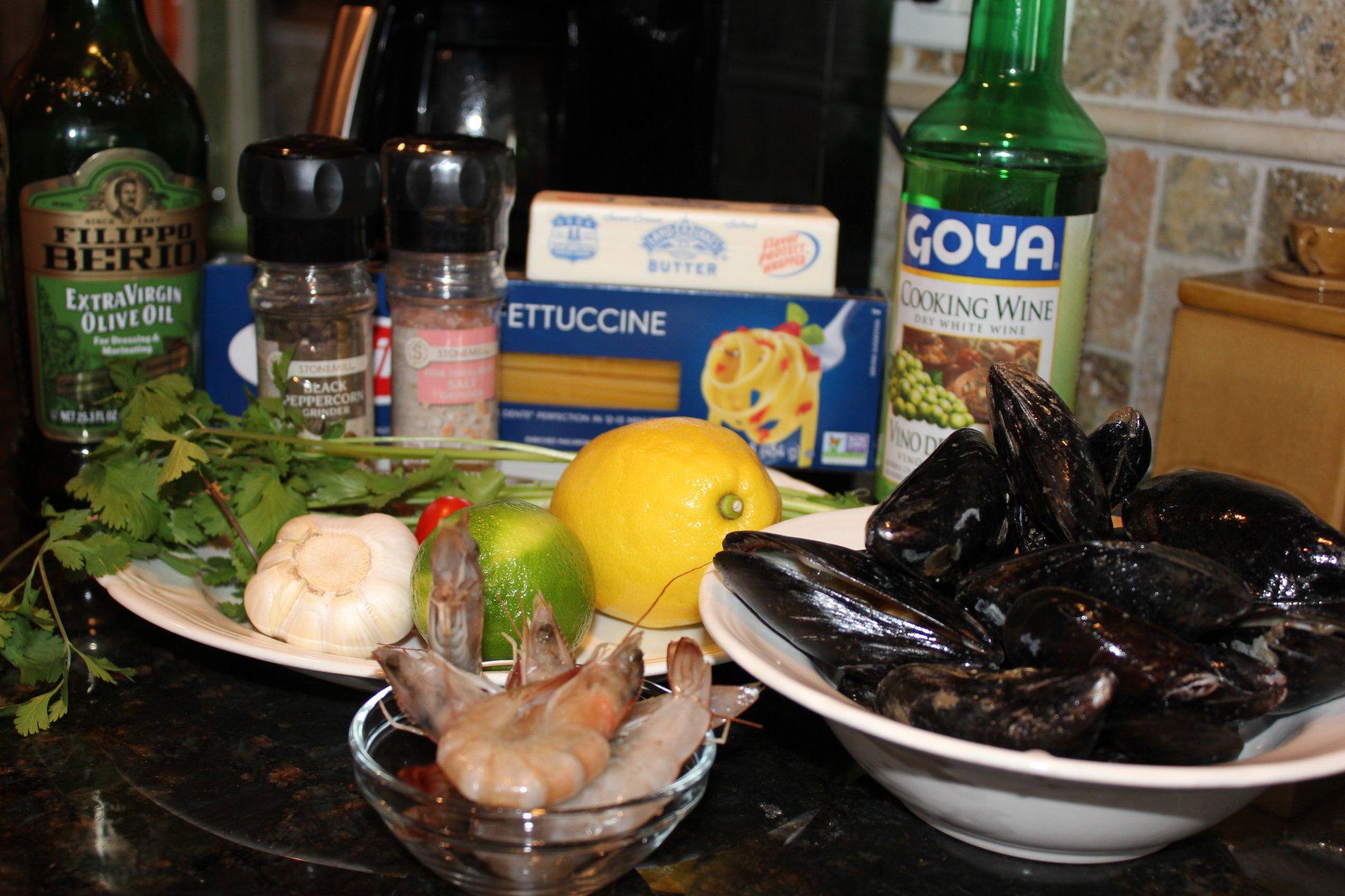 Fettuccine & Mussels.jpg