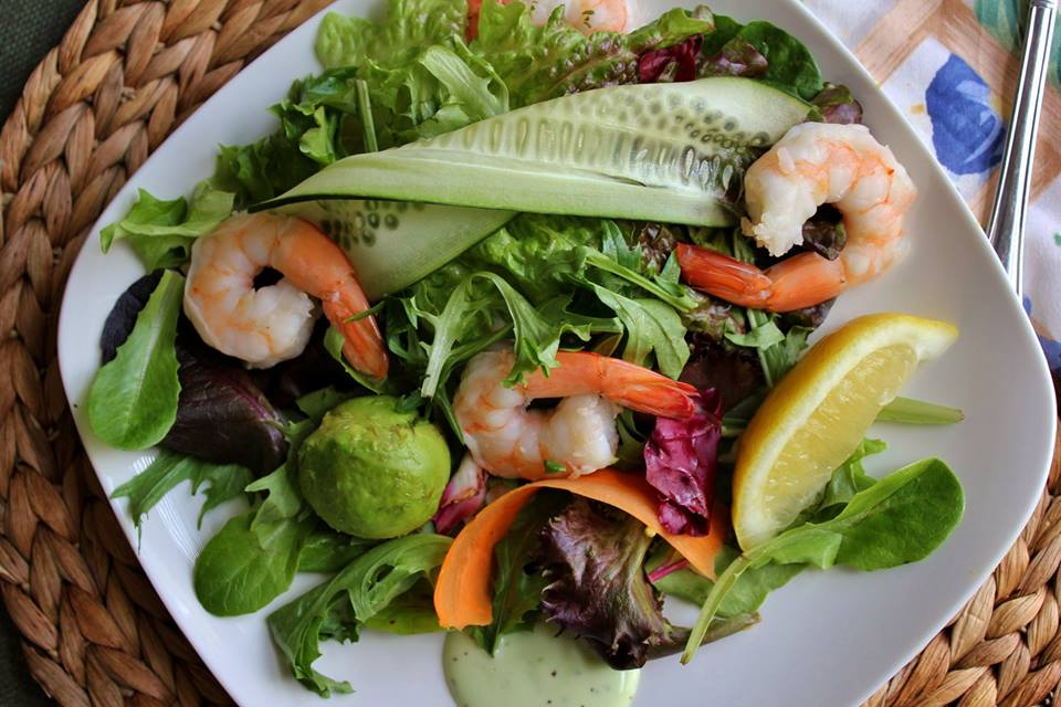 shrimp avocado salad1.jpg