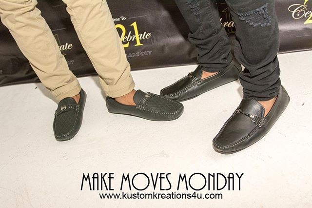 Captured: Make Moves Monday.... Stepping into the week with style.... What moves have you made on this Make Moves Monday Mission... ⠀ .⠀⠀⠀⠀⠀⠀⠀ .⠀⠀⠀⠀⠀⠀⠀ .⠀⠀⠀⠀⠀⠀⠀ #letsgetit #makemovesmonday #mondaymotivation #footaction #feetinmotion #positivevibing #photoofday #pic #exposure #makemovesmonday #justdoit #letsgo #motivation #fashion#Mondaymovesmission #livinglifelikeitsgolden #style #shoes #fashion #fashionshoes #Gold #atlantaphotographer #photooftheday #socialeventphotographer #candidcapture #portfoliosandperspectives #funclicks #kustomkreationphotography #kustomkreations #gokustom⠀⠀⠀⠀⠀⠀⠀ So you wanna be in pictures... ⠀⠀⠀⠀⠀⠀⠀⠀⠀⠀⠀⠀⠀⠀⠀⠀⠀⠀⠀⠀⠀ Contact us today: kustomphotos4u@gmail.com or 770.272.2420