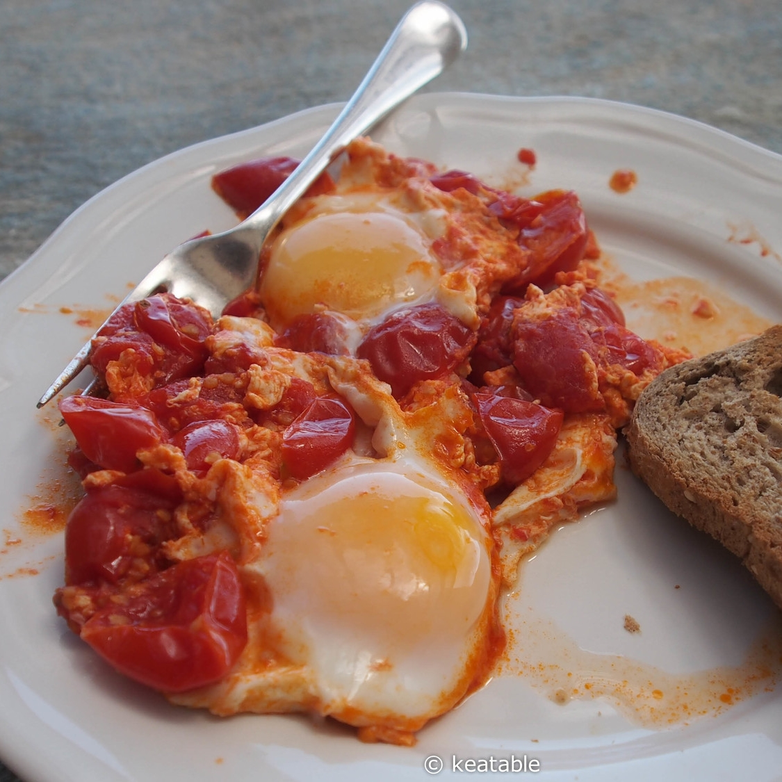 KAYANA or EASY YUMMY TOMATOES AND EGGS