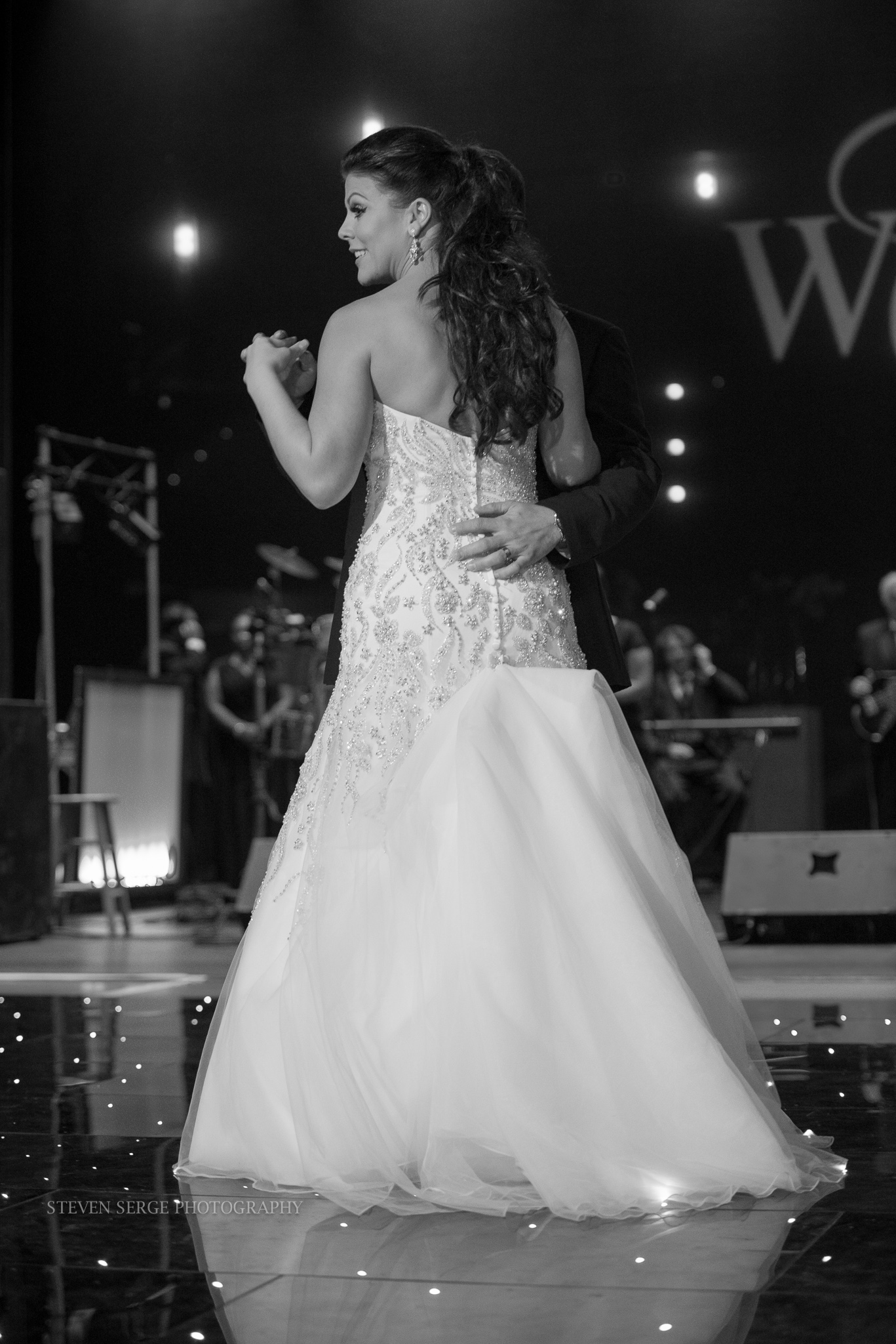 Denn-NEPA-Scranton-wedding-photographer-cultural-downtown-street-photography-dress-8.jpg