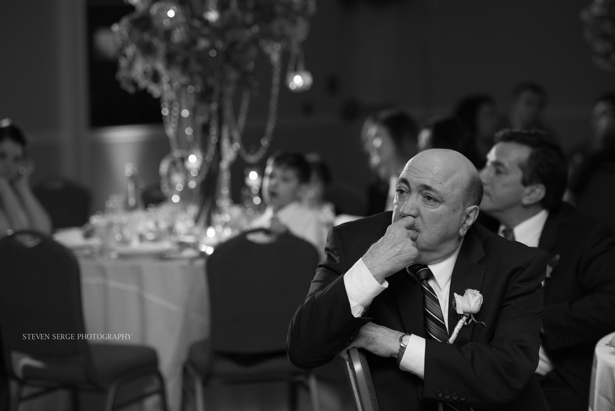 Scranton-wedding-photographer-fiorellis-steven-serge-41.jpg