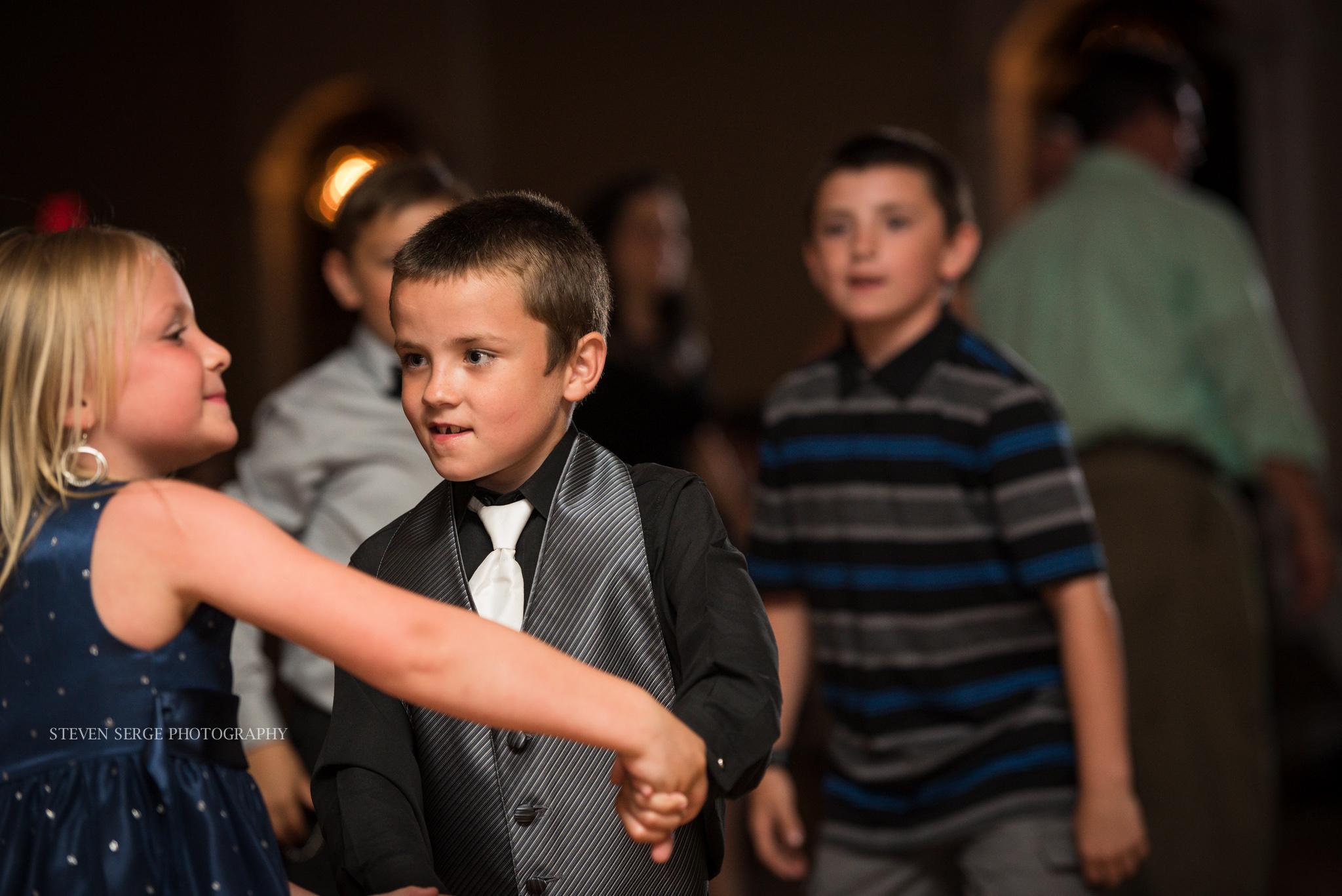 Scranton-wedding-photographer-fiorellis-steven-serge-50.jpg