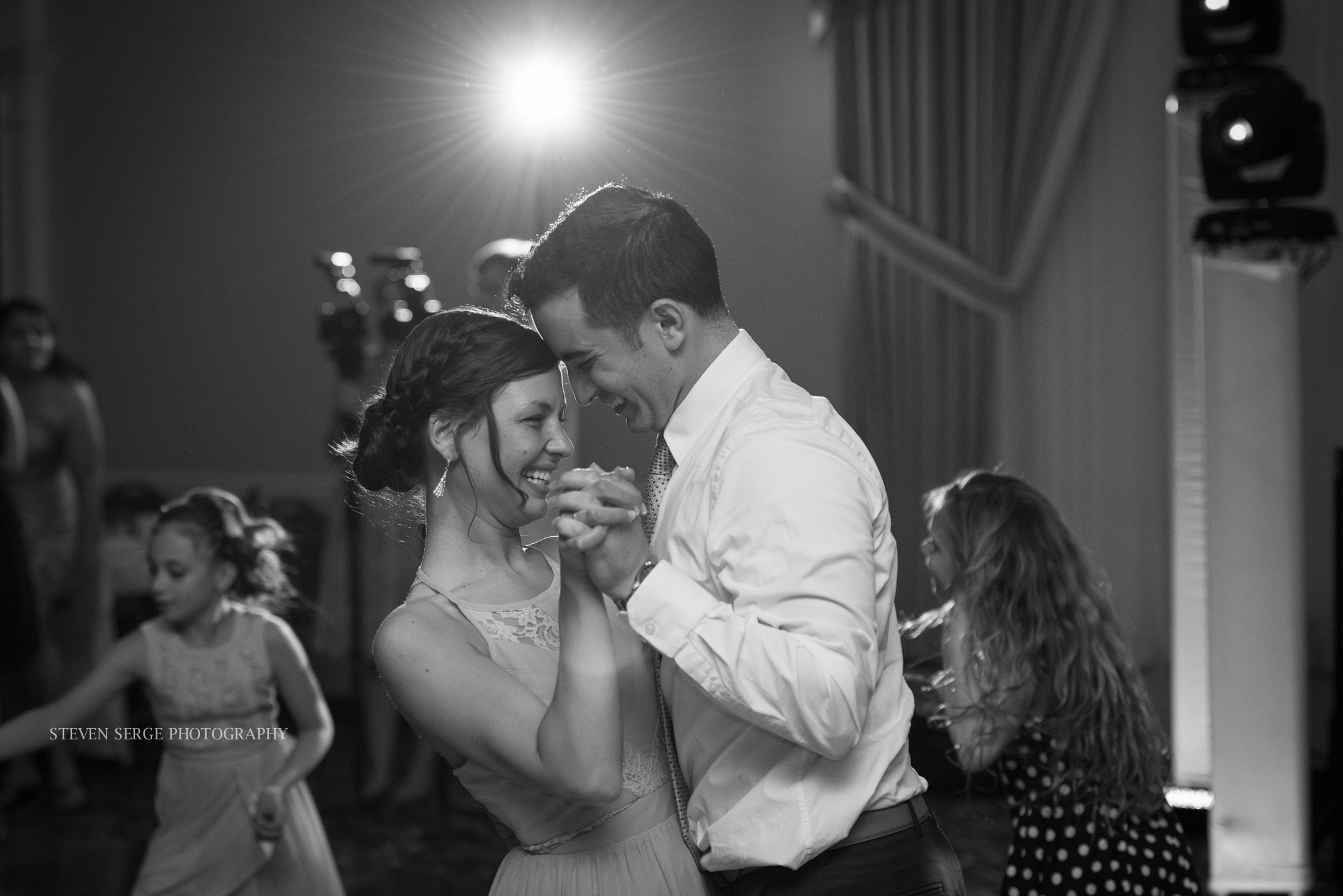 Scranton-wedding-photographer-fiorellis-steven-serge-60.jpg