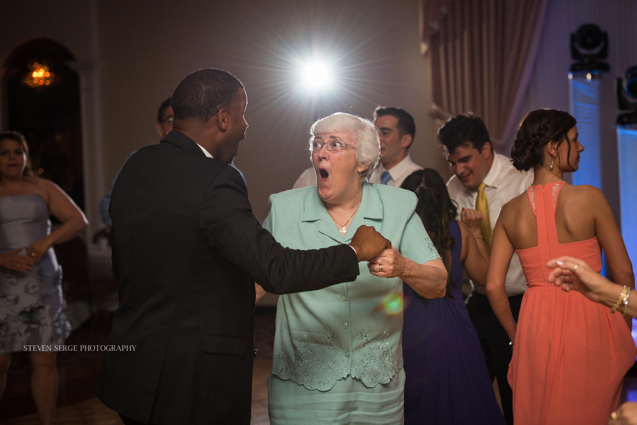 Scranton-wedding-photographer-fiorellis-steven-serge-70.jpg