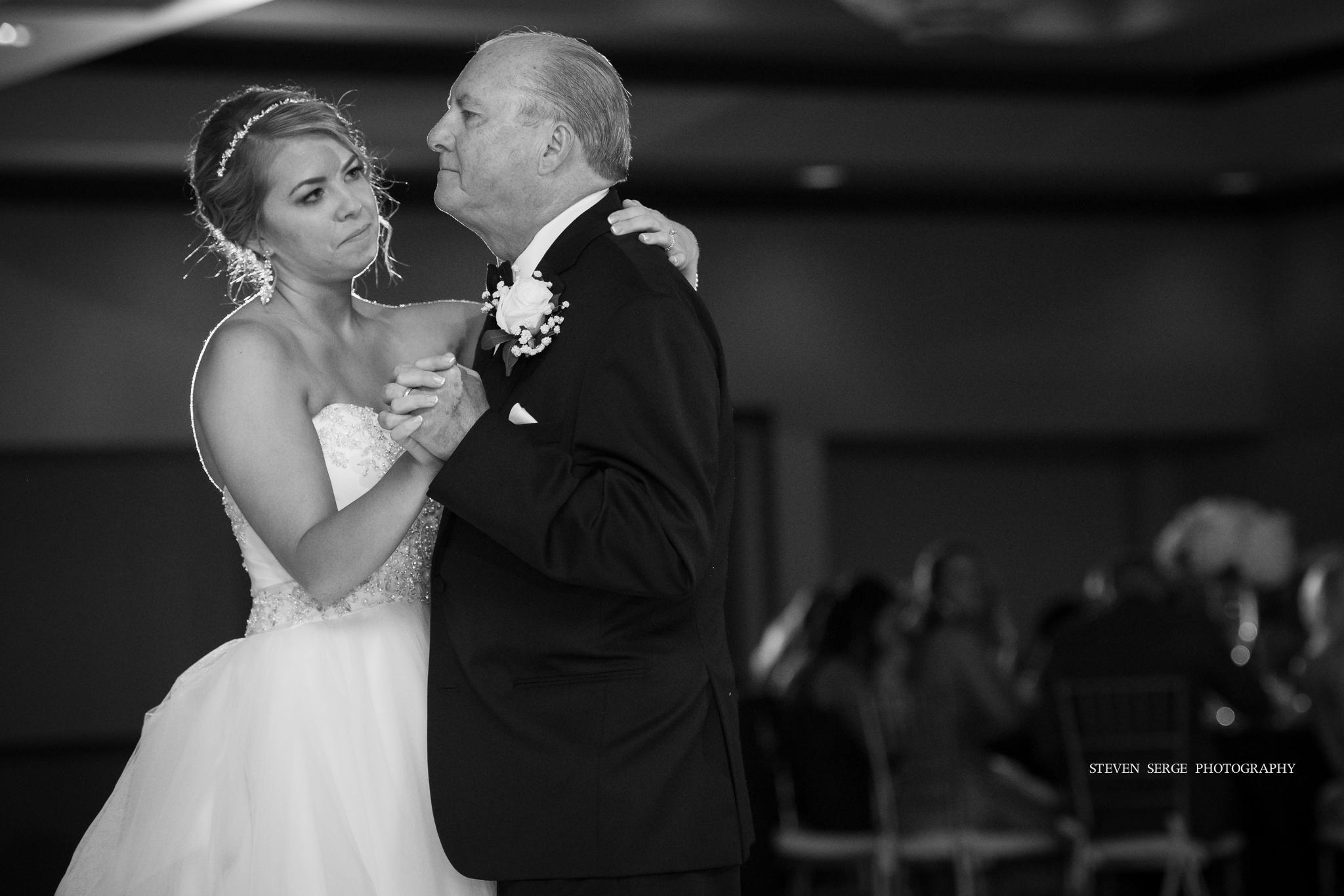 scranton-wedding-photographers-hilton-steven-serge-photography-16.jpg