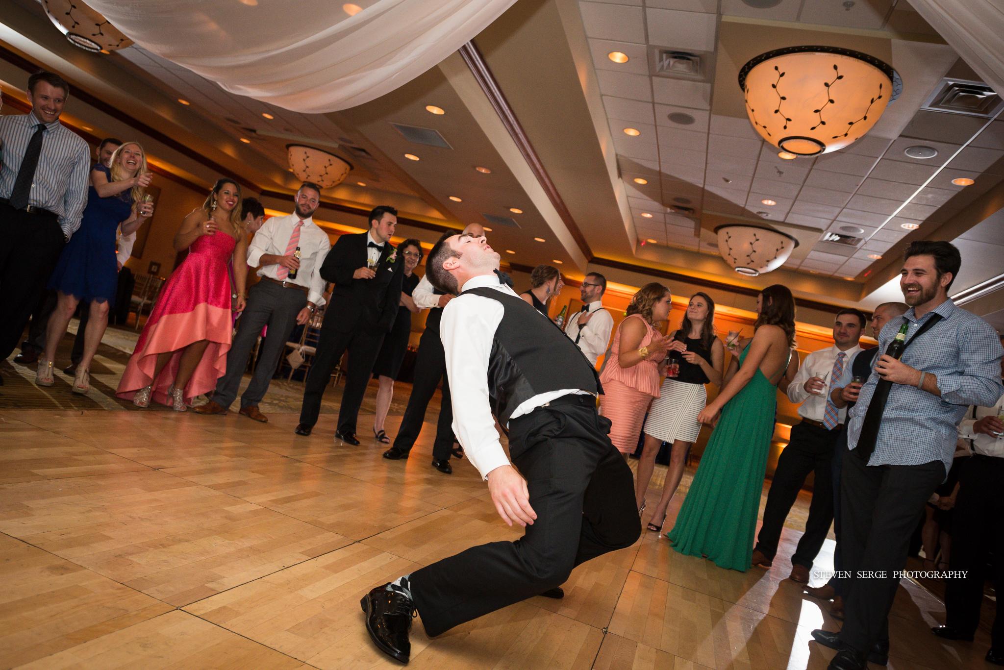 scranton-wedding-photographers-hilton-steven-serge-photography-29.jpg
