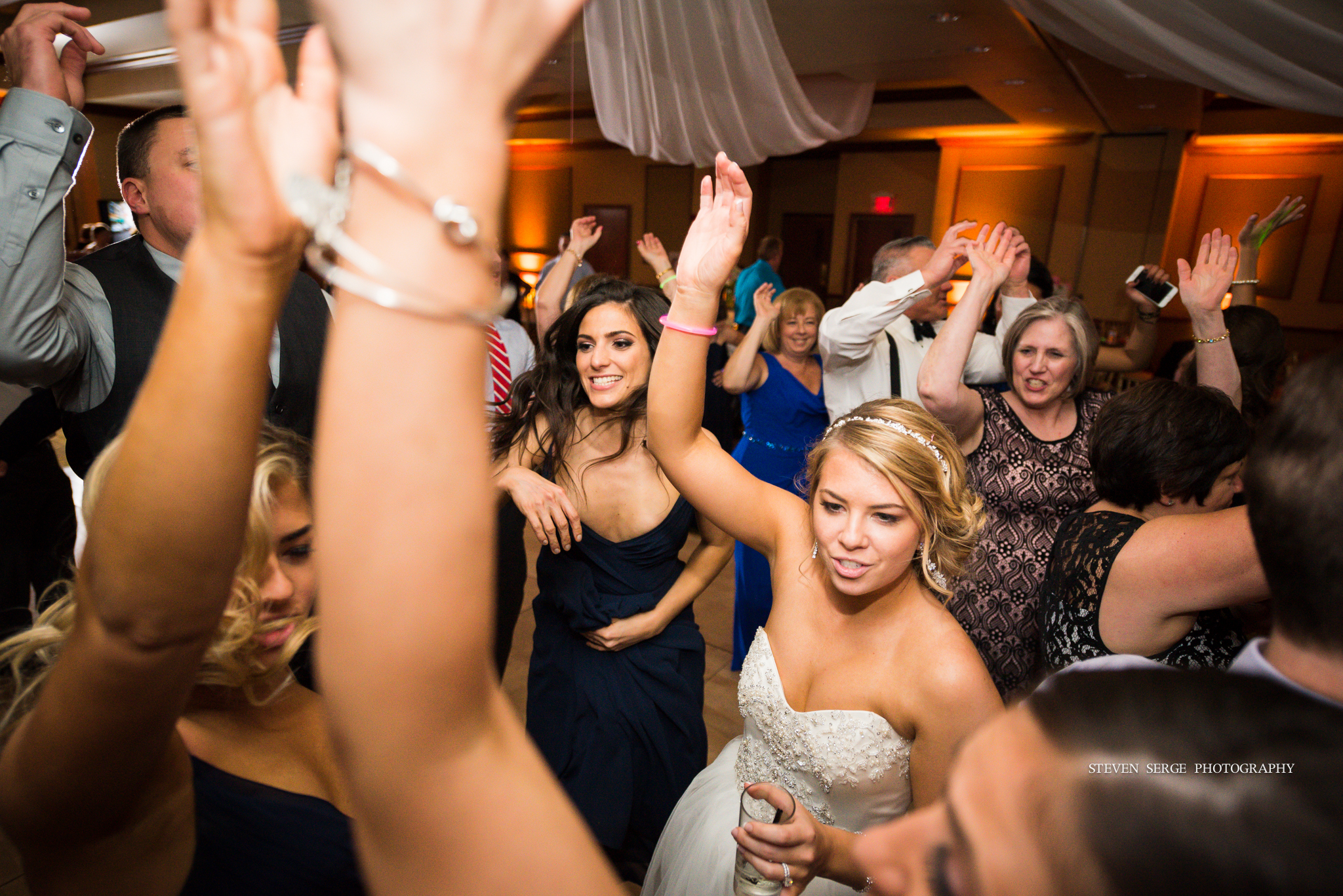 scranton-wedding-photographers-hilton-steven-serge-photography-39.jpg