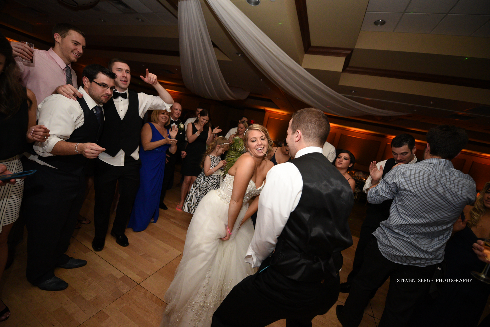 scranton-wedding-photographers-hilton-steven-serge-photography-43.jpg