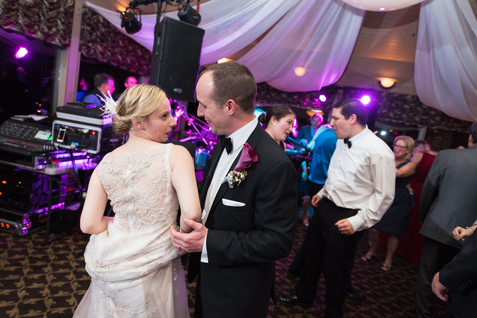 Scranton-clarks-summit-wedding-glen-oaks-contry-club-wedding-photographer-steven-serge-89.jpg