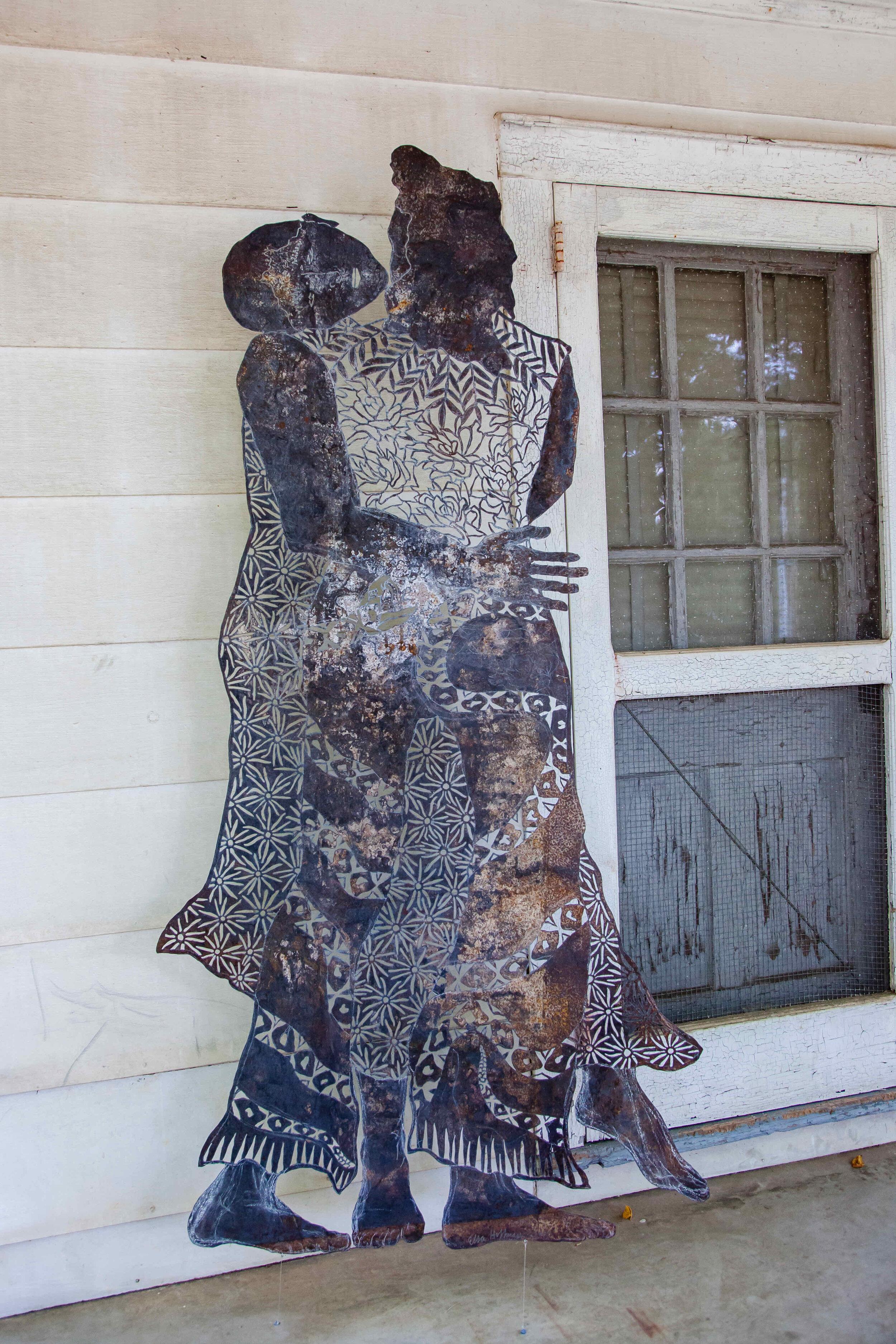 Figure 4- entangled couple