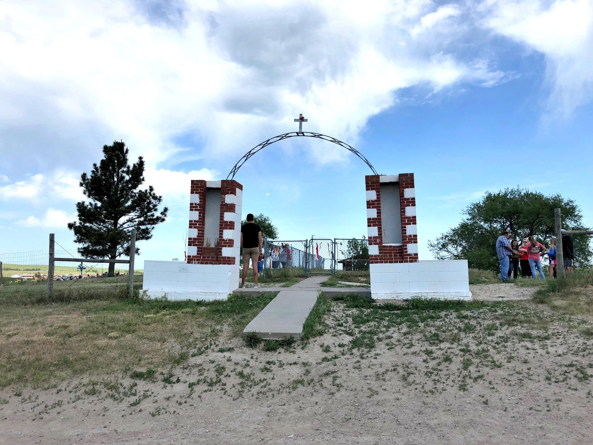 6.6.WoundedKnee.Gate.JPG