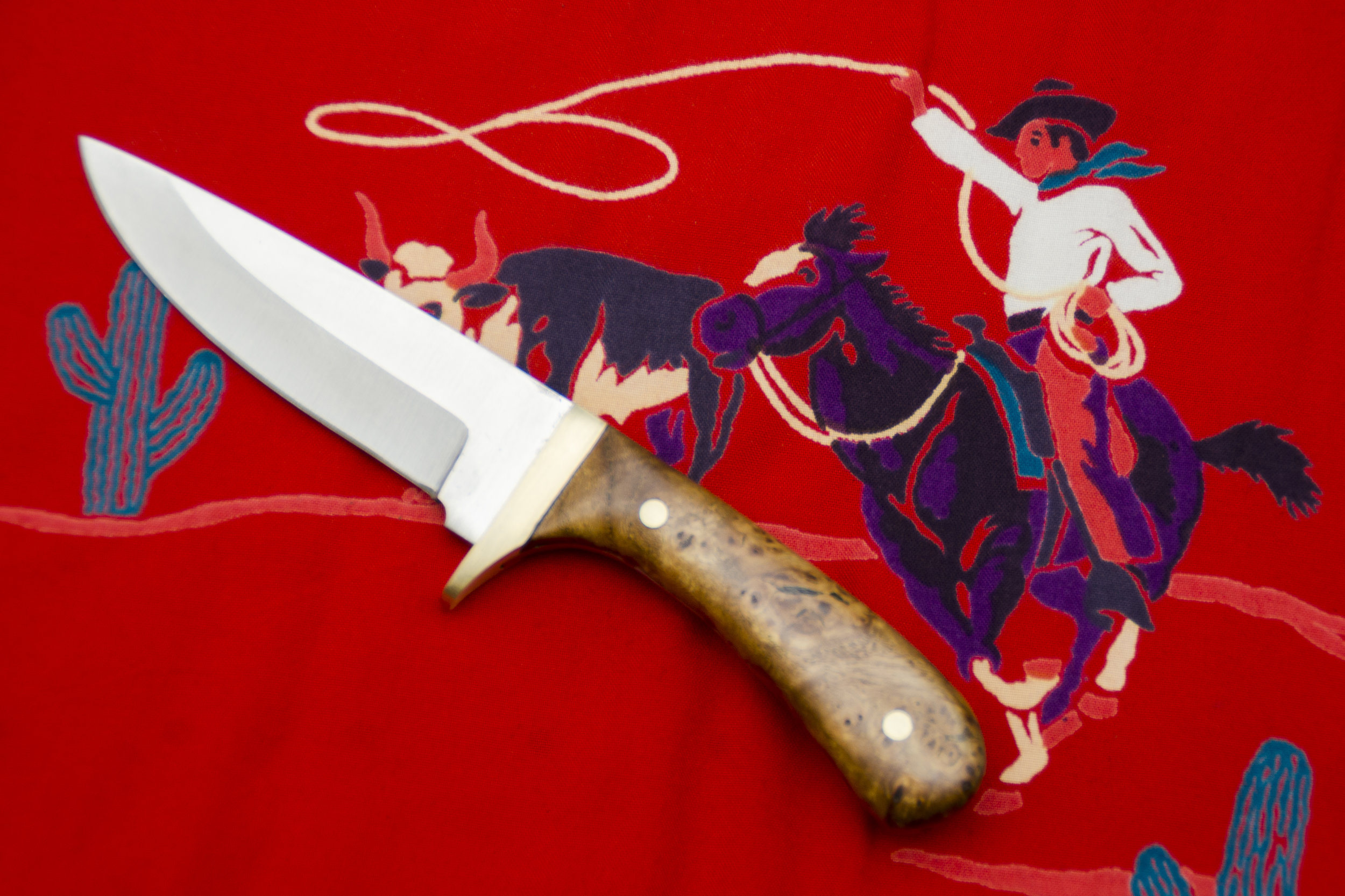FULL TANG KNIVES -