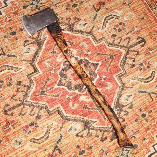 Log splitter & sheath for @captain_bully [ DM for Pricing ] cowboycustomknives.com • • • • #customaxe #logsplitter #ax #axe #burnthandle #handmadechicago #madeinchicago #restoredtools #giftideas #giftsforhim #outdoor #bushcraft