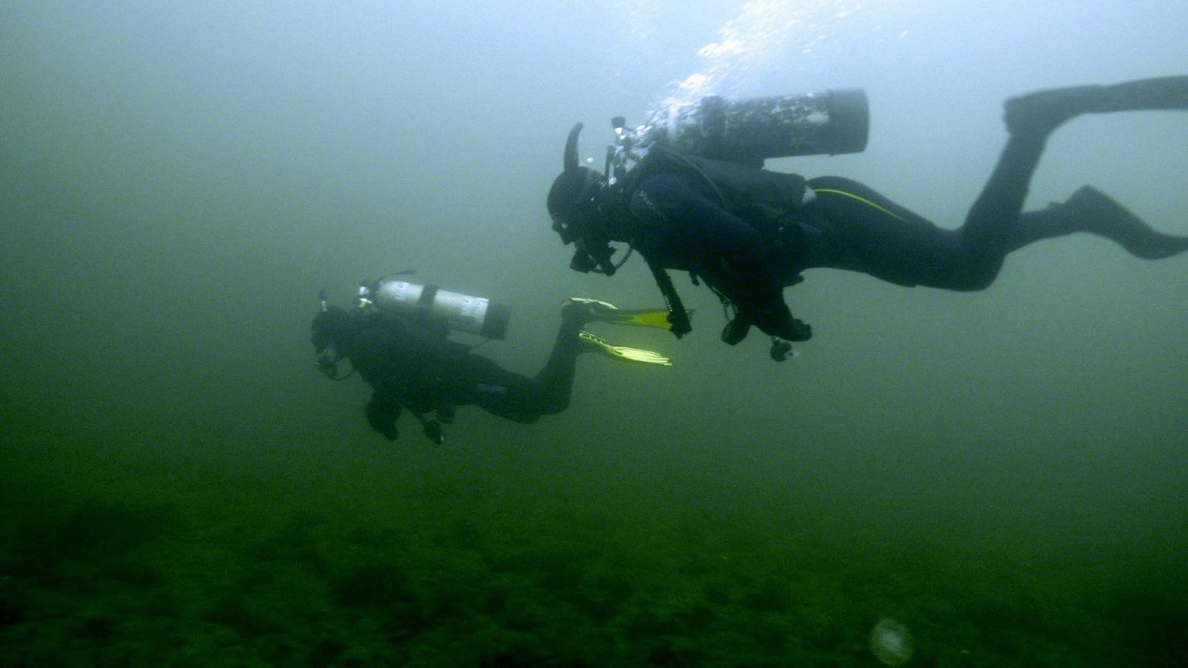 Steve and Dan new divers.JPG