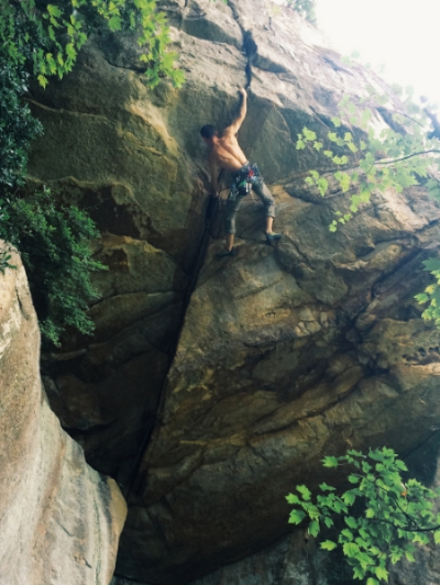 Sam Latone styling Tantrum's 5.12 roof crack at Sunset North