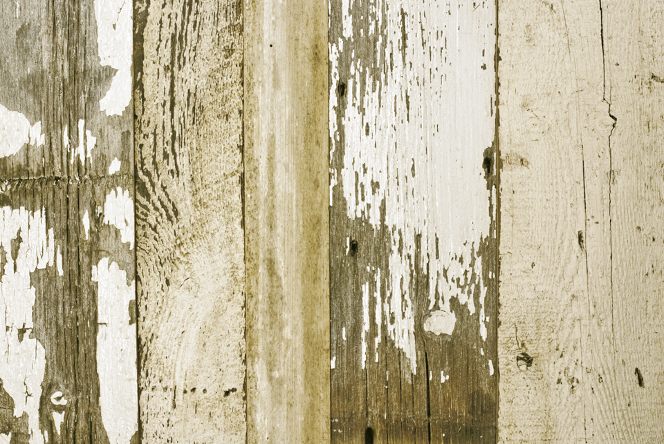 white_barn_siding.jpg