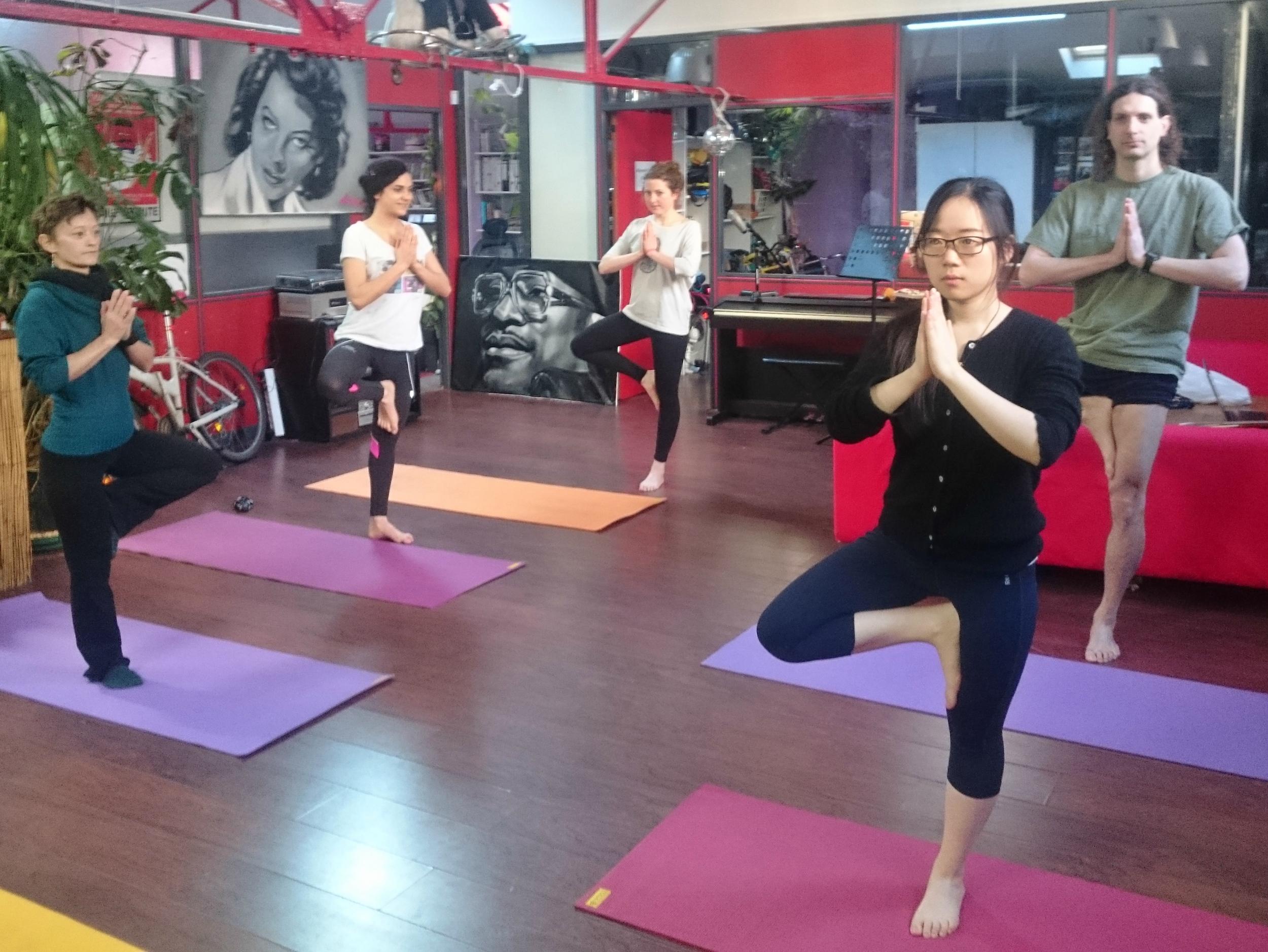 yoga-paris-travail.jpg