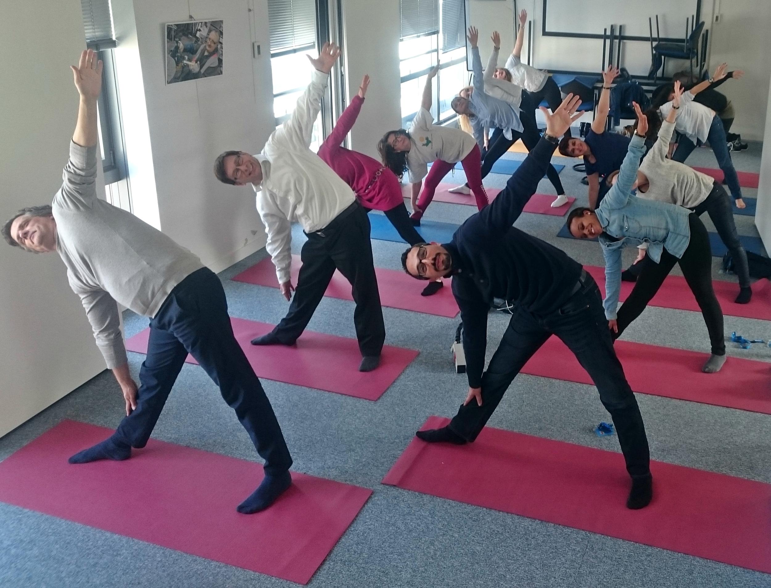 yoga-hatha-entreprise-paris.jpg
