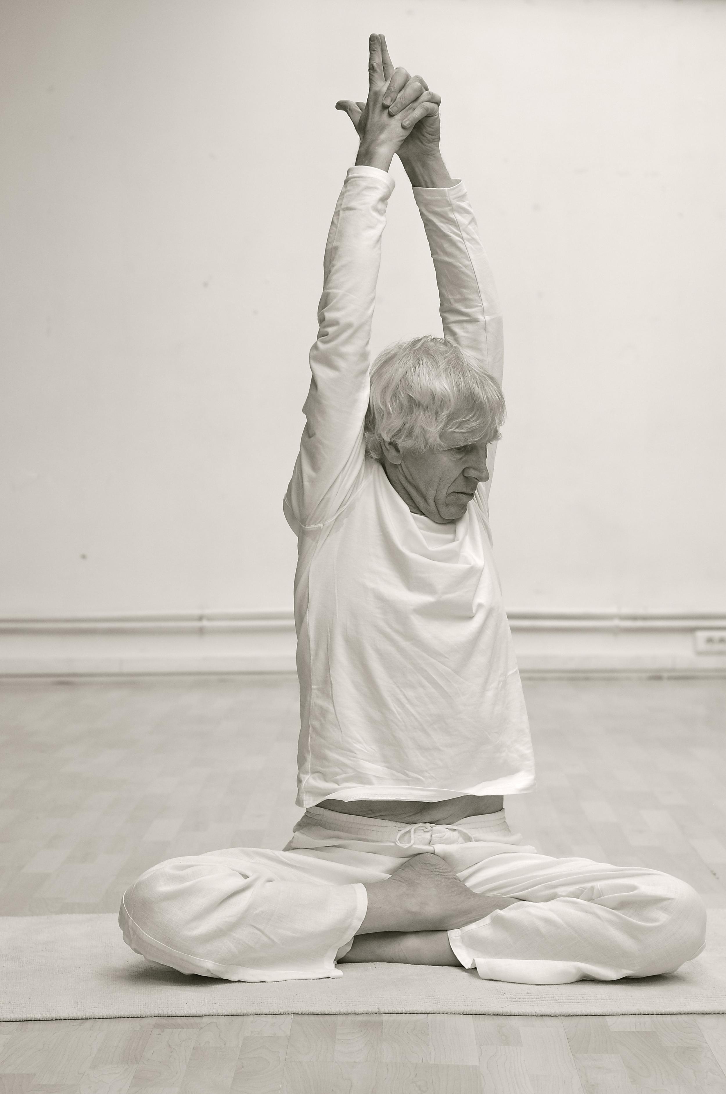 siddhasana-cours-yoga-cachemire.jpg
