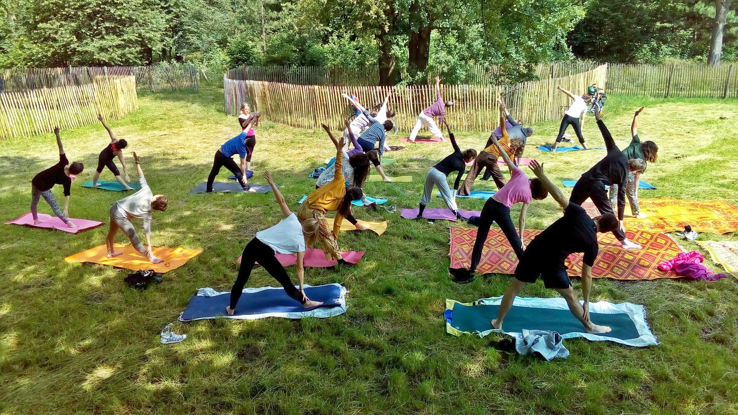 gratuit-yoga-paris.jpg