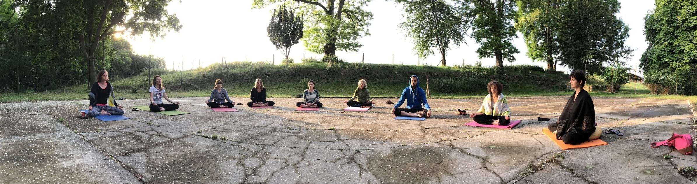 yoga-meditation-stage-europe.jpg