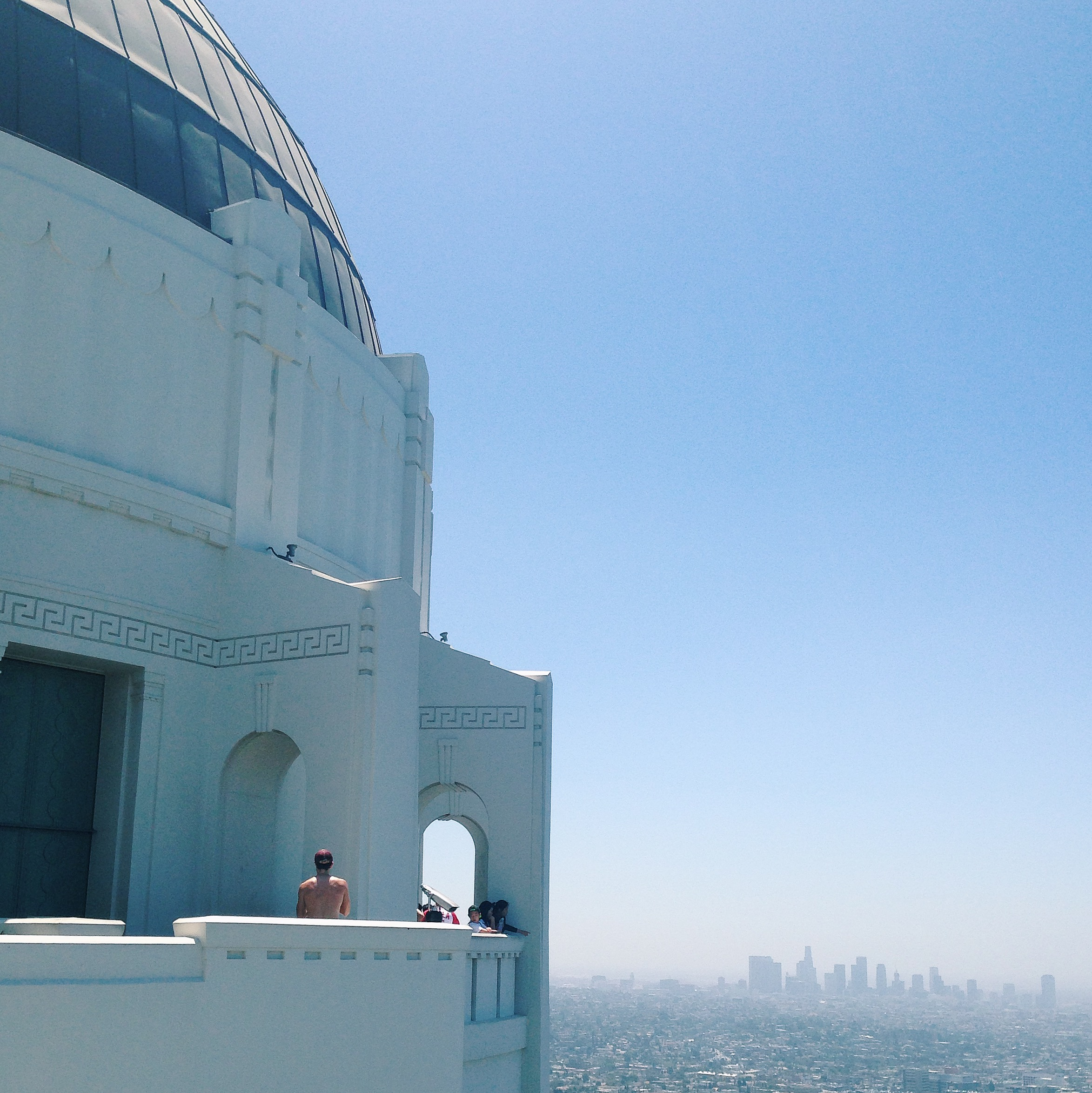 Seeing this view at the Griffith Observatoryiskind of whatmade me want tovomit and squeel from excitement at the same time...super overwhelming/intimidating...but hot damn is it beautiful!