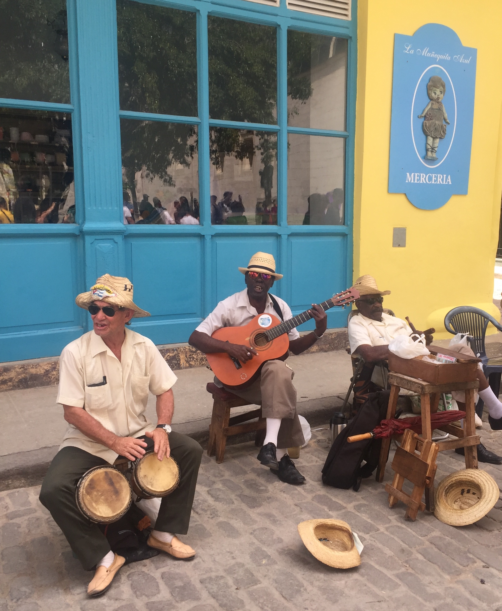 Cuban street musicians playing Chan Chan.