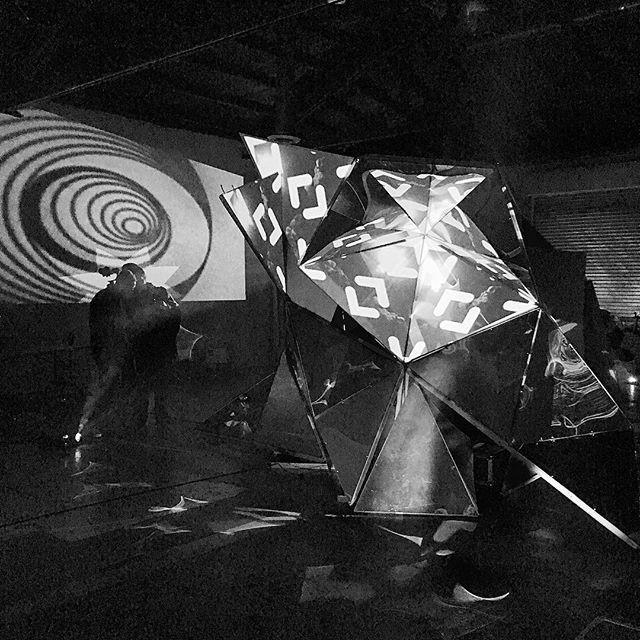 #lava #bringyourownbeamer #vj #byob #losangeles #projectionmapping #resolume #trippy #visuals
