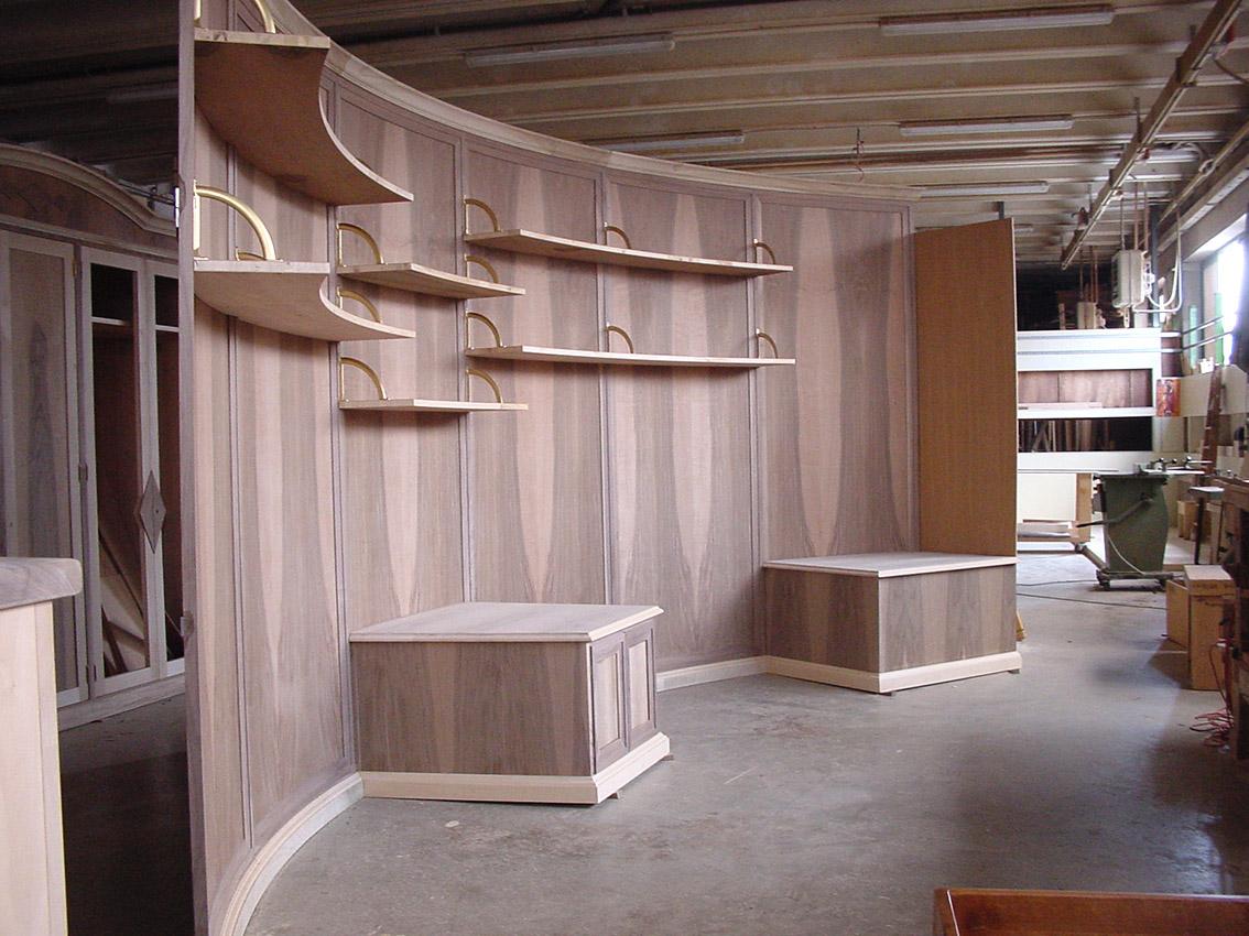 negozio piuma in laboratorio copy.jpg