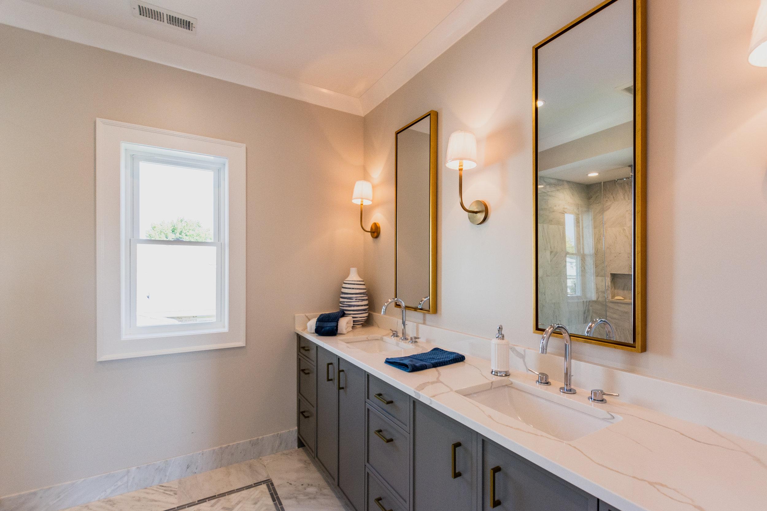 2masterbathroom1.jpg