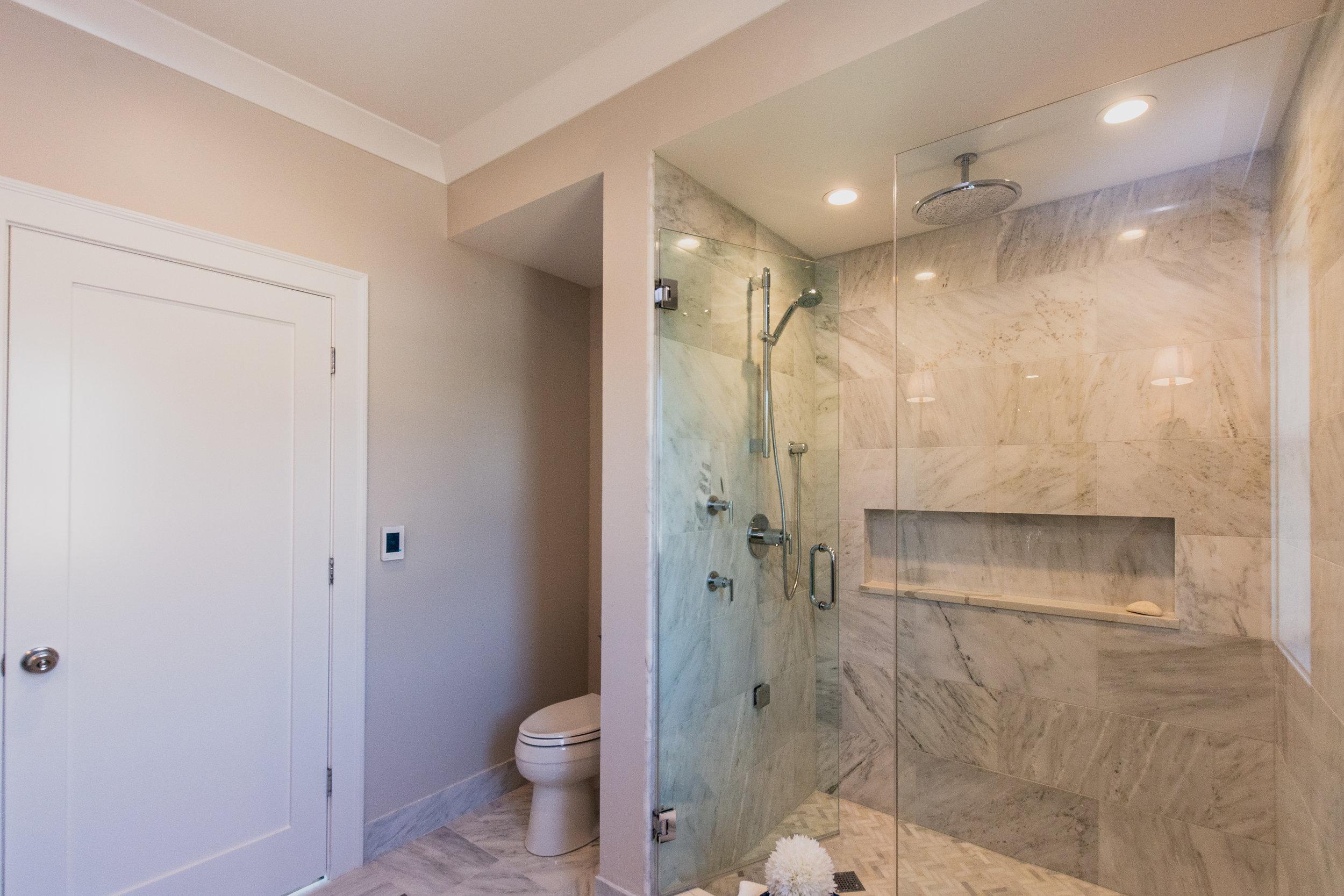 2masterbathroom2.jpg