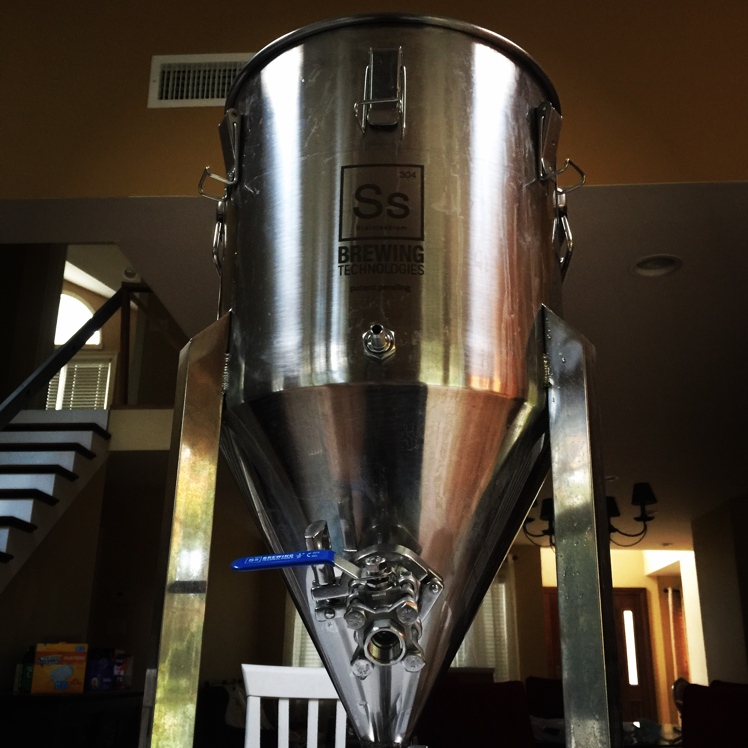 bellmore brewing ss brewtech fermenter.JPG