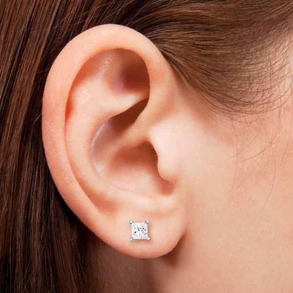 diamond_stud_earrings_4.jpg