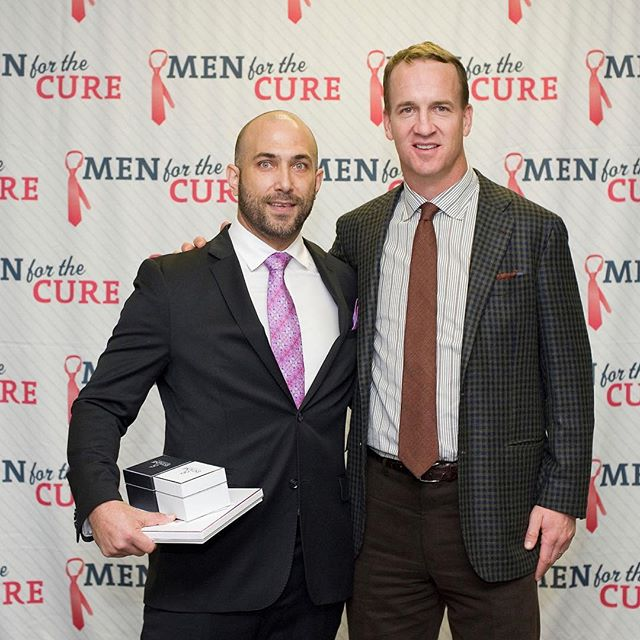 More from the incredibly impactful evening at Men for the Cure. Here is a glimpse at ESTAINE's night with Peyton Manning and University of Colorado Hospital.  On behalf of ÉSTAINE, our co-founder Jeremy, was thrilled to gift our breast cancer awareness products to Peyton.  The result of the evening's efforts soon!  #fightbreastcancer #PeytonManning #UCHealth #UniversityofColoradoHospital