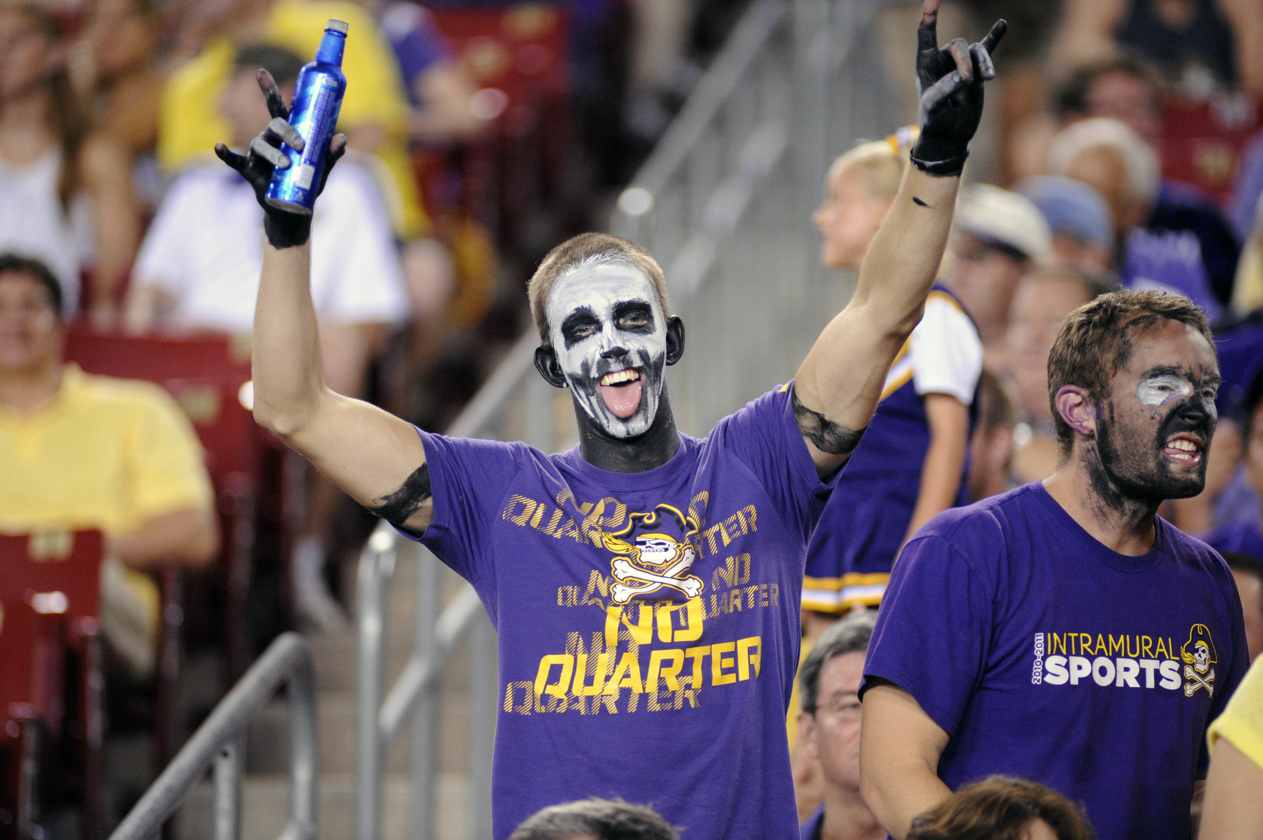 I don't know what's lamer, the facepaint or the Bud Light Platinum... okay, it's the Platinum.