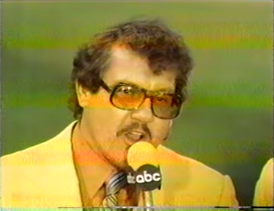 Karras pulling off that 80's-programmer-at-IBM look back in '76. Very ahead of his time!