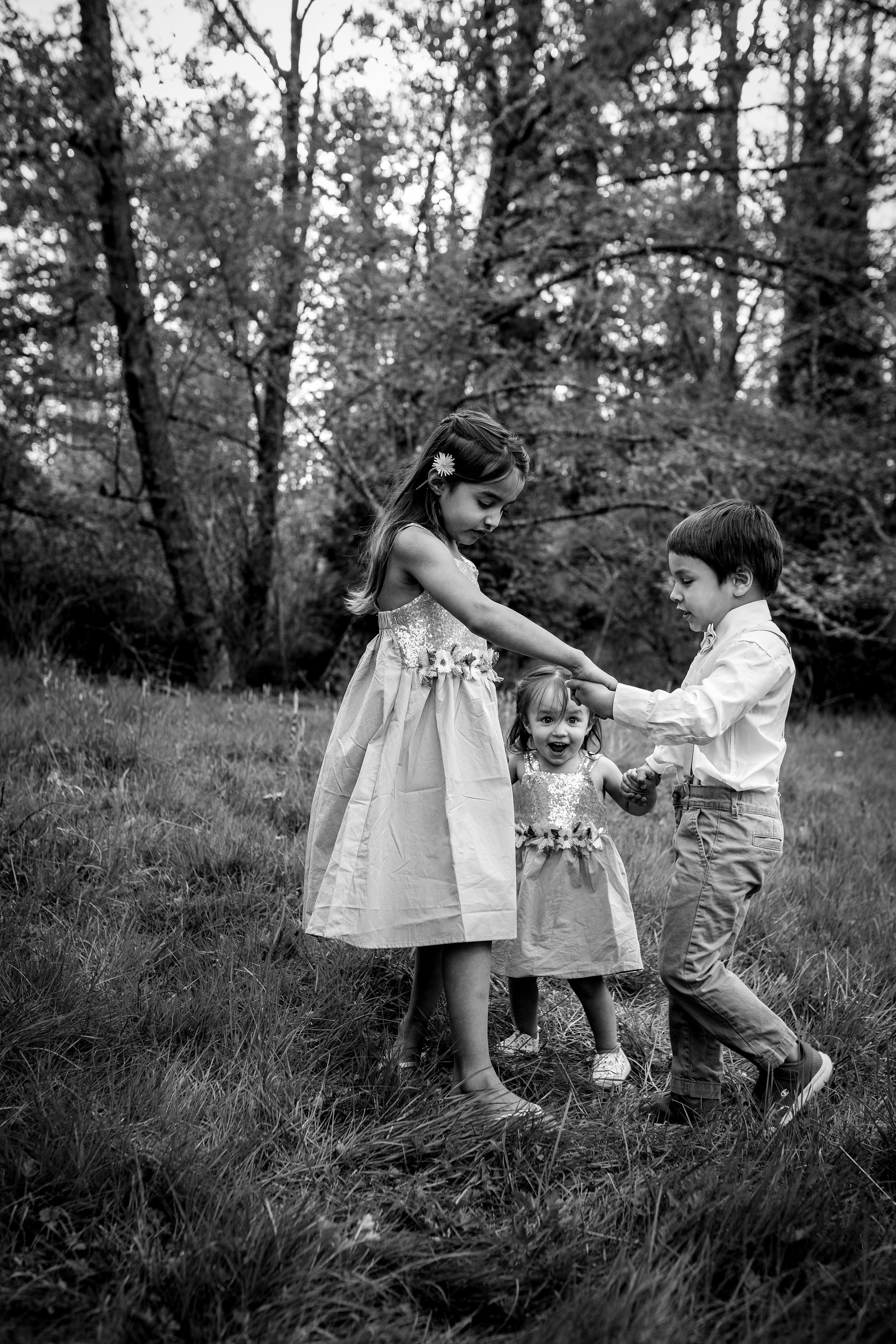 childrendancing.jpg