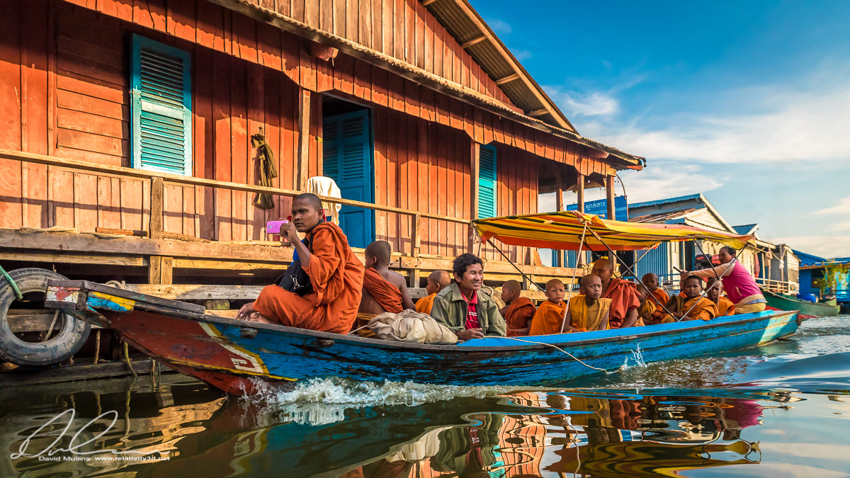 Monks on Tonle Sap.jpg
