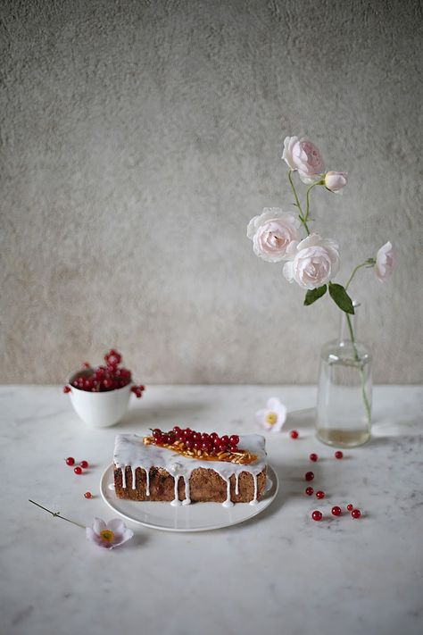 Gluten-Free Red Currant Cake with Almonds  , Our Food Stories